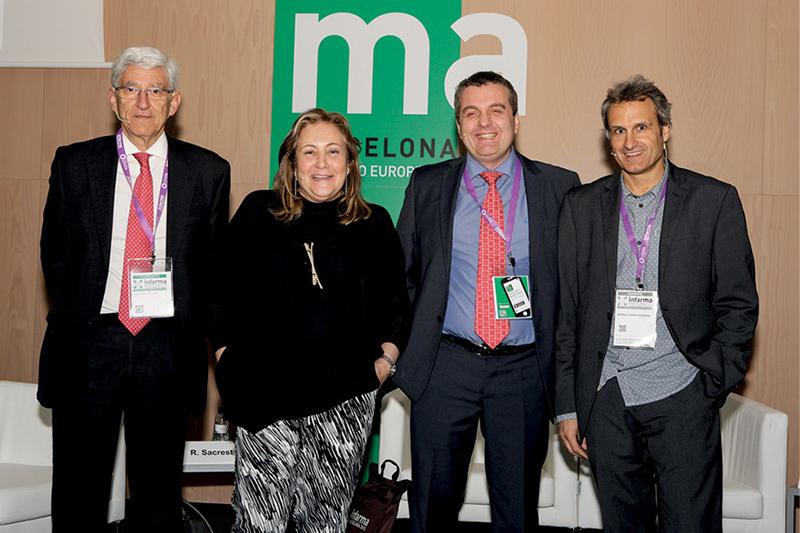 De izquierda a derecha: José Ramon Luis Yagüe, Rosa Sacrest, presidenta del COF de Girona; Xavier Aldeguer y Antoni Gilabert