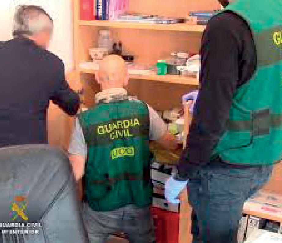 12 EF575 ENTREVISTA GUARDIA CIVIL 2
