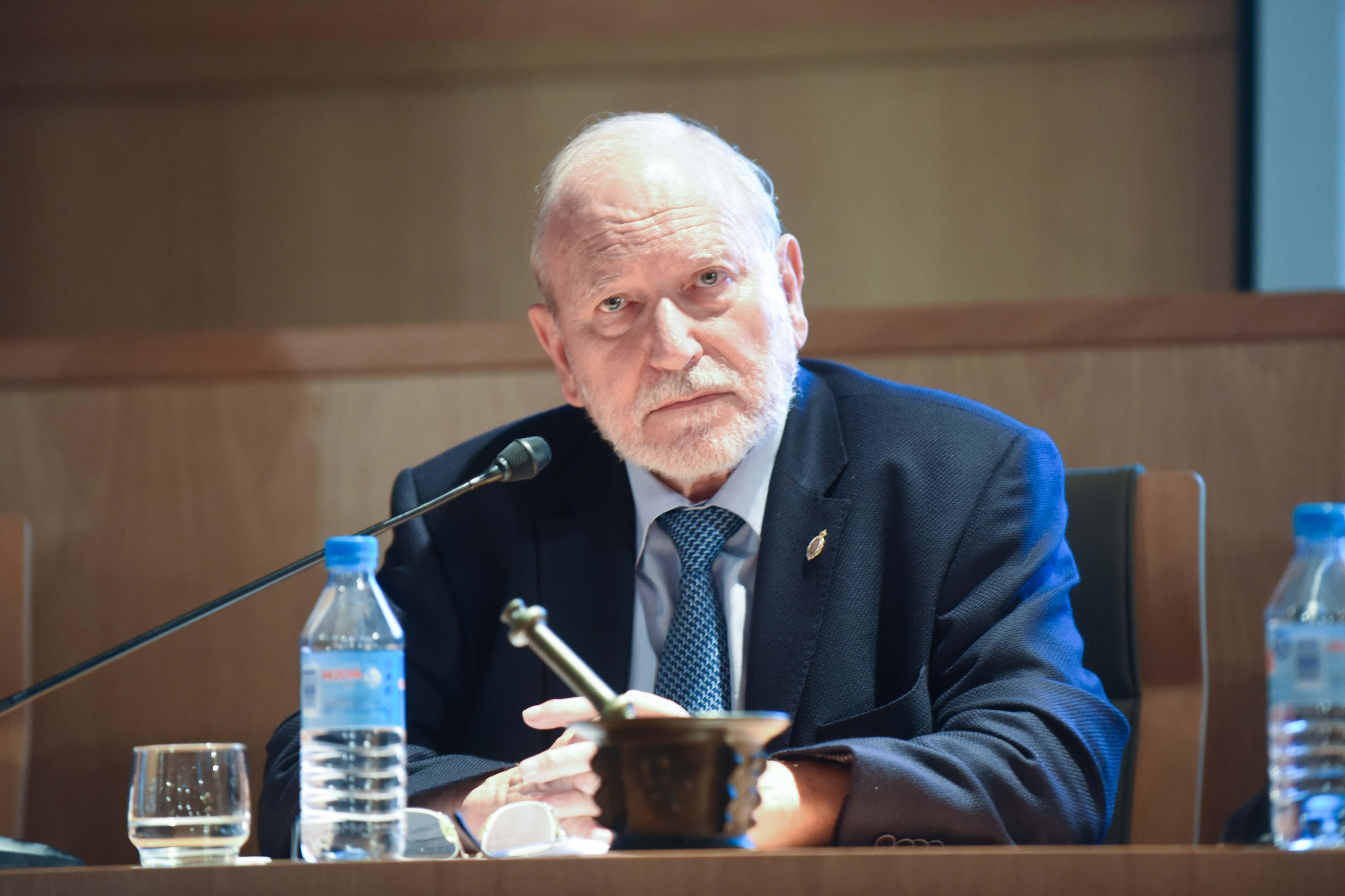 El Dr. Jaume Casas abrió el acto